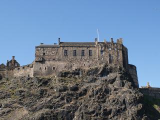 Central Apartment in Edinburgh - Edinburgh vacation rentals