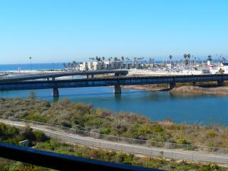 Ocean Waves, Beach,  Harbor, Sunsets. Monthly - Oceanside vacation rentals