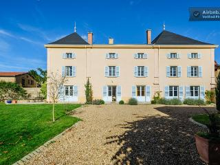 Le Chateau de Moiré - Lyon vacation rentals