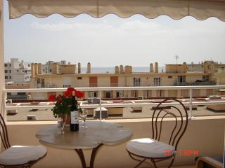 Square Pauline - Juan-les-Pins vacation rentals