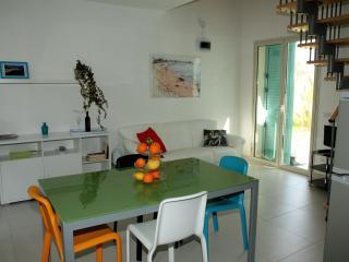 Case vacanze Jenny - Punta Secca vacation rentals