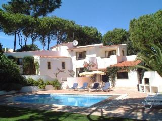 Colina by Shirley Dunne - Quinta do Lago vacation rentals