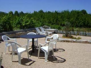 Casa de Alagoa, 2kms Arganil - Arganil vacation rentals