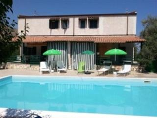 Villette in residence with swimming pool - Altavilla Milicia vacation rentals