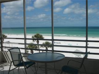 Island House Beach Resort 2BR w/ free wifi - 8 North - Siesta Key vacation rentals