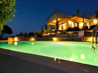 Villa Daedalos - Plaka vacation rentals