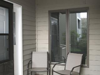 Royal Oak 313 great In-Town condo location, walk to Main Street - Blowing Rock vacation rentals