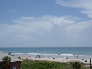Relaxing Beach Escape Condo - On the Beach - Cocoa Beach vacation rentals