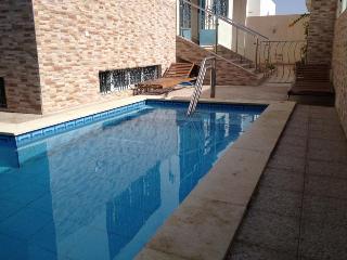 VILLA AGADIR  piscine chauféé dernière minutes - Agadir vacation rentals
