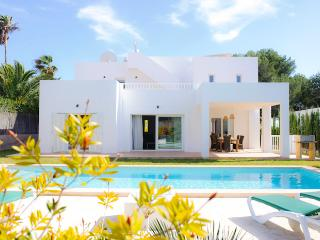 Fonda 3 - Cala d'Or vacation rentals