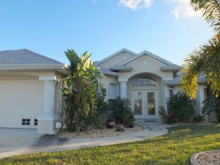 Wonderful Private Home in Quiet South Gulf Cove - Port Charlotte vacation rentals