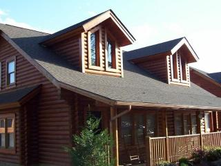 Great Rates, Close to Parkway, Pools, Hot Tub - Pigeon Forge vacation rentals