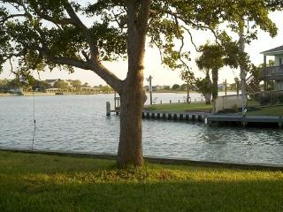 WATER FRONT PROPERTY !! COME RELAX !!! - Rockport vacation rentals