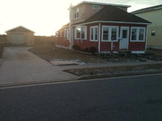 4 Bedroom, Single Family Home, North Wildwood - North Wildwood vacation rentals