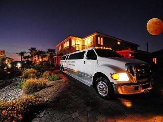 40% Disc-Lv Mini Castles18 Guest Suites, 22 bath - Las Vegas vacation rentals