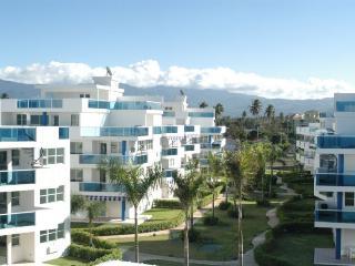 Beach front relaxing Villa *Great family vacations - Loiza vacation rentals