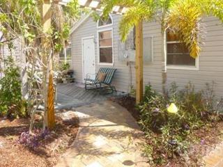 The Kissing Fish Cottage - Fort Myers Beach vacation rentals