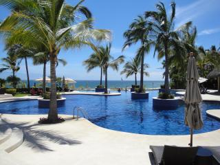 Beautiful Casa La Cruz, Mexico - La Cruz de Huanacaxtle vacation rentals