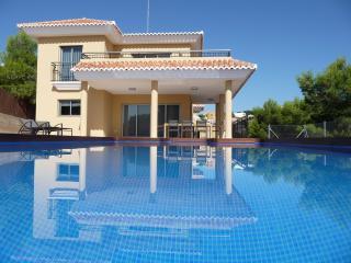 Villa Valencia - Montroy vacation rentals