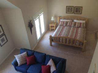 Private King Room With Loft, Mountain Springs Inn Midway - Midway vacation rentals