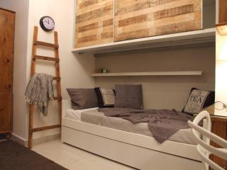 New Chic Studio Flat In Msida  - With Balcony - Msida vacation rentals