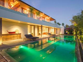 NEW Stunning 5 bedroom Villa in Canggu - Canggu vacation rentals