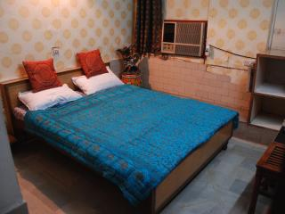 In the heart of city,Connaught place - New Delhi vacation rentals