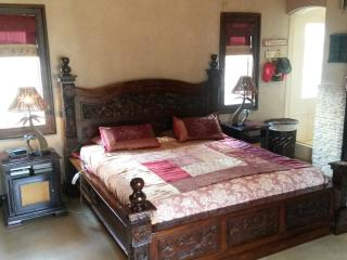 Self catering fully furnished house in Benoni - Gauteng vacation rentals