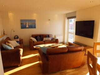 Tenby Holiday Apartment - Tenby vacation rentals