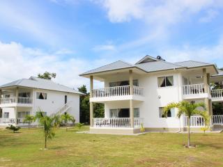 Casa Tara Villas - Amitie vacation rentals