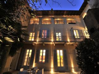 LUXURY MANSION WITH INTIMATE GARDEN AND SPA - Orta San Giulio vacation rentals