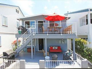 Affordable and newly furnished.  Waterman's paradise: Close to beach and bay! - Newport Beach vacation rentals