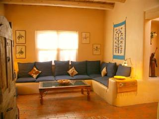 Casa Sonrisa: Charming 2/2 In-Town Adobe Casita! - Santa Fe vacation rentals