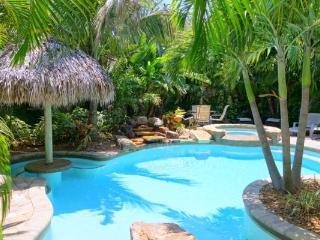 MARGARITA-VILLE - Holmes Beach vacation rentals