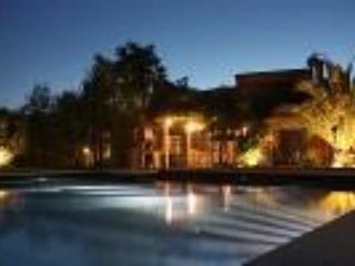Luxury villa in vineyards, 10 mins to St Tropez - Cogolin vacation rentals
