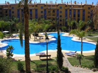 San Pedro Beach Apartment - San Pedro de Alcantara vacation rentals