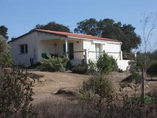 Quince Cottage - Ourique vacation rentals