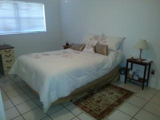 2 Bedroom Apartment Close to Beach and Amenities - Cape Canaveral vacation rentals