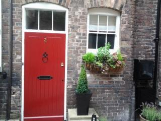 Ironbridge View Town House -  Luxury Self Catering - Ironbridge vacation rentals