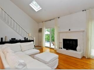 Large 4BR at East Hamptons w/POOL! New Listing! - East Hampton vacation rentals