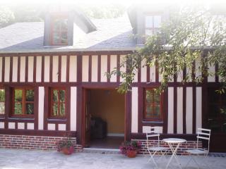 Cottage at Le Fond de la Cour - Honfleur vacation rentals