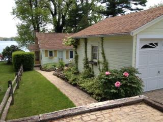 Pond Cottage at Pond Lake - Rochester vacation rentals