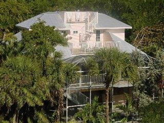 Captiva Breeze - Be Captivated! 1-4BR Luxury Homes/BeachFront Condo - Captiva Island - rentals