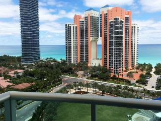 1br/1.5br Location Elegance Comfort - Beach View Ocean View Condo #8 - Sunny Isles Beach vacation rentals