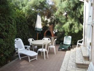villa  bord de mer - Frontignan vacation rentals