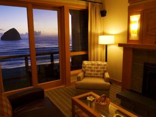 One of a Kind- Luxurious Oceanfront Cottages - Pacific City vacation rentals