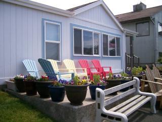 Pat's Beach House -  Ocean Views Await - Rockaway Beach vacation rentals