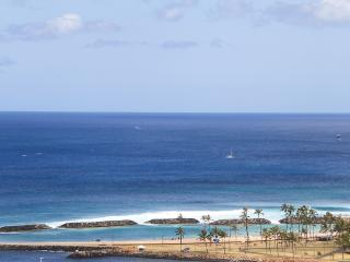 Monthly PANORAMIC OCEAN VIEW 5 Minute Walk - Beach - Waikiki vacation rentals