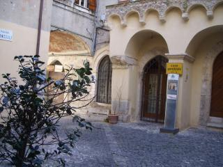Casa cancelli - Terracina vacation rentals