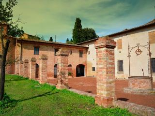 The Perfect Base For Your Tuscan Adventure - Siena vacation rentals